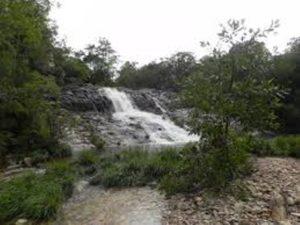 Camping e Cachoeira do Ezio