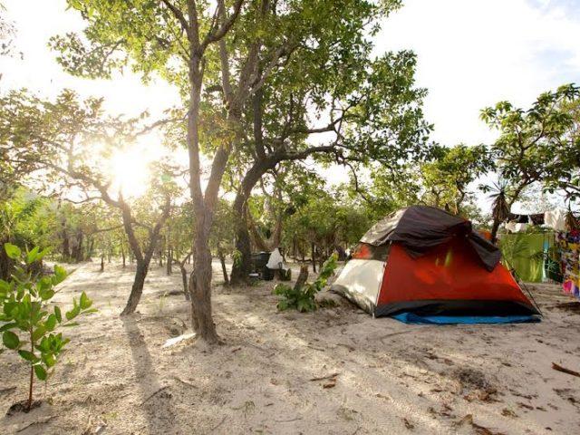 Cachoeira e Camping Macaquinhos